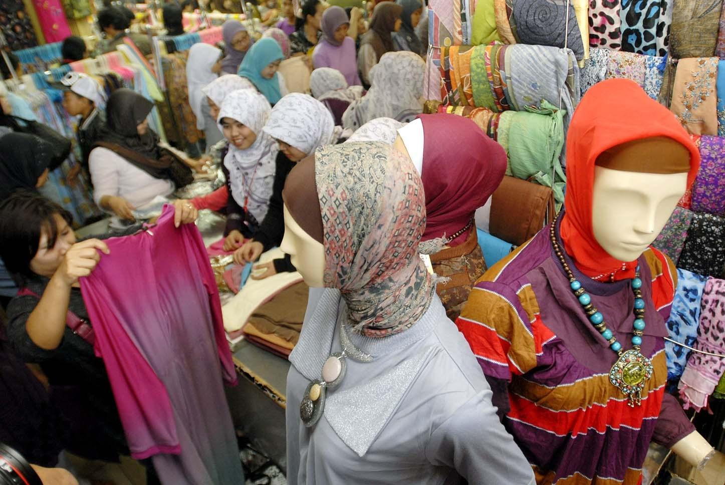 Artis bisnis busana muslim